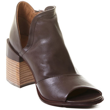 Παπούτσια Γυναίκα Μποτίνια Rebecca White T0504 |Rebecca White| D??msk?? kotn??kov?? boty z telec?? k??e v k??vo