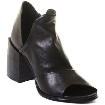 Παπούτσια Γυναίκα Μποτίνια Rebecca White T0504 |Rebecca White| D??msk?? kotn??kov?? boty z ?ern?? telec?? k??e,