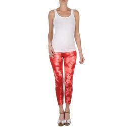 Υφασμάτινα Γυναίκα Κοντά παντελόνια Eleven Paris DAISY Red / άσπρο