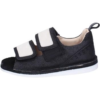 Παπούτσια Γυναίκα Σανδάλια / Πέδιλα Moma Σανδάλια BH313 Black