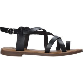 Παπούτσια Γυναίκα Σανδάλια / Πέδιλα Refresh 72655 Μαύρος