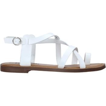 Παπούτσια Γυναίκα Σανδάλια / Πέδιλα Refresh 72655 λευκό