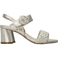 Παπούτσια Γυναίκα Σανδάλια / Πέδιλα Carmens Padova 45109 Μπεζ