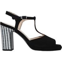 Παπούτσια Γυναίκα Σανδάλια / Πέδιλα Carmens Padova 45085 Μαύρος