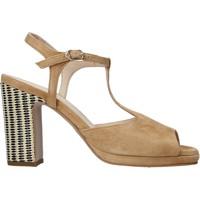 Παπούτσια Γυναίκα Σανδάλια / Πέδιλα Carmens Padova 45085 καφέ