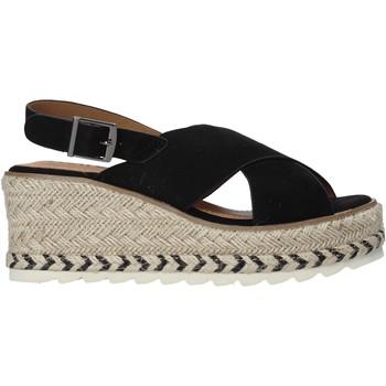 Παπούτσια Γυναίκα Σανδάλια / Πέδιλα Refresh 72854 Μαύρος