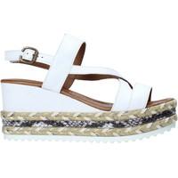 Παπούτσια Γυναίκα Σανδάλια / Πέδιλα Bueno Shoes 21WQ6002 λευκό