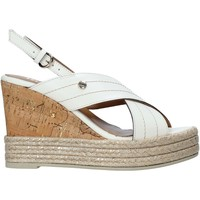 Παπούτσια Γυναίκα Σανδάλια / Πέδιλα Alviero Martini E099 8578 λευκό
