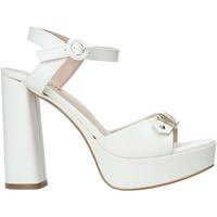 Παπούτσια Γυναίκα Σανδάλια / Πέδιλα Alviero Martini E129 8578 λευκό
