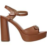 Παπούτσια Γυναίκα Σανδάλια / Πέδιλα Alviero Martini E129 8578 καφέ
