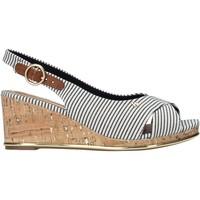 Παπούτσια Γυναίκα Σανδάλια / Πέδιλα Wrangler WL11653A Μπεζ