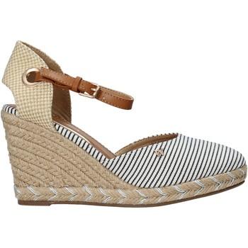 Παπούτσια Γυναίκα Σανδάλια / Πέδιλα Wrangler WL11620S Μπεζ