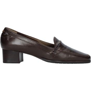 Παπούτσια Γυναίκα Μοκασσίνια Confort 6395 καφέ