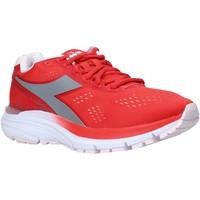 Παπούτσια Γυναίκα Χαμηλά Sneakers Diadora 101175619 το κόκκινο