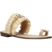Παπούτσια Γυναίκα Σανδάλια / Πέδιλα Gold&gold A21 GL613 Μπεζ