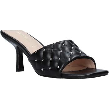 Παπούτσια Γυναίκα Τσόκαρα Gold&gold A21 GP22 Μαύρος
