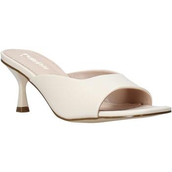 Παπούτσια Γυναίκα Τσόκαρα Gold&gold A21 GY217 λευκό