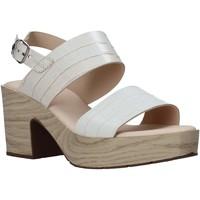 Παπούτσια Γυναίκα Σανδάλια / Πέδιλα CallagHan 28700 Μπεζ