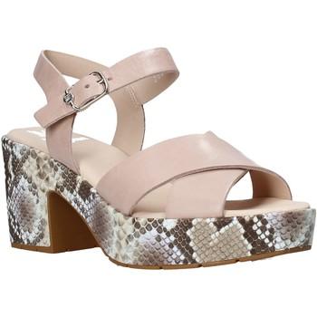 Παπούτσια Γυναίκα Σανδάλια / Πέδιλα CallagHan 28800 Ροζ