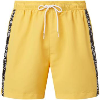 Υφασμάτινα Άνδρας Σόρτς / Βερμούδες Calvin Klein Jeans KM0KM00558 Κίτρινος