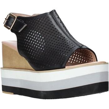 Παπούτσια Γυναίκα Σανδάλια / Πέδιλα Onyx S20-SOX757 Μαύρος