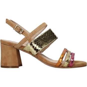 Παπούτσια Γυναίκα Σανδάλια / Πέδιλα Carmens Padova 45069 καφέ