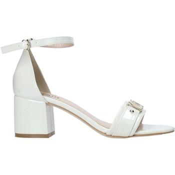 Παπούτσια Γυναίκα Σανδάλια / Πέδιλα Alviero Martini E120 9210 λευκό