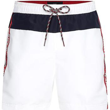Υφασμάτινα Άνδρας Μαγιώ / shorts για την παραλία Tommy Hilfiger UM0UM02070 λευκό