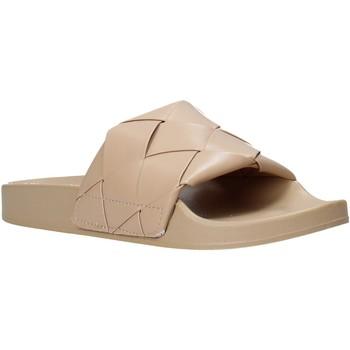 Παπούτσια Γυναίκα σαγιονάρες Gold&gold A21 FL150 Μπεζ