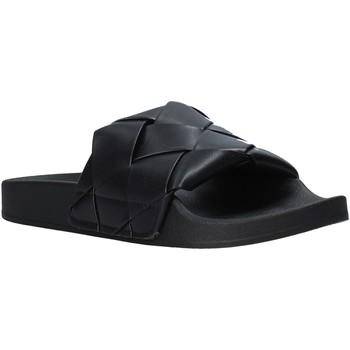 Παπούτσια Γυναίκα σαγιονάρες Gold&gold A21 FL150 Μαύρος