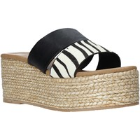 Παπούτσια Γυναίκα Τσόκαρα Gold&gold A21 GK99 Μαύρος
