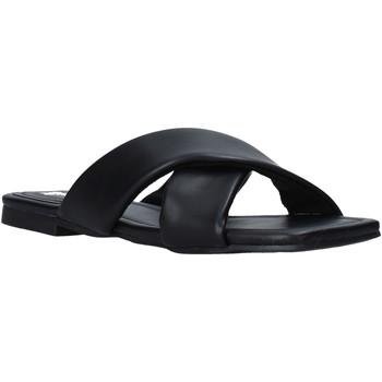 Παπούτσια Γυναίκα Τσόκαρα Gold&gold A21 GY221 Μαύρος