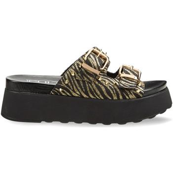 Παπούτσια Γυναίκα Τσόκαρα Cult CLW314602 Μαύρος