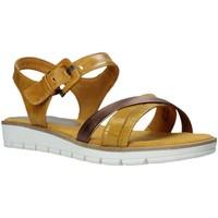 Παπούτσια Γυναίκα Σανδάλια / Πέδιλα Marco Tozzi 2-2-28607-26 Κίτρινος