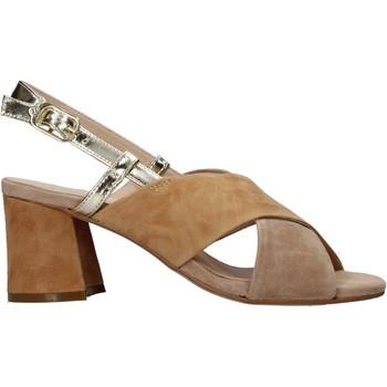 Παπούτσια Γυναίκα Σανδάλια / Πέδιλα Carmens Padova 45310 καφέ