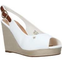 Παπούτσια Γυναίκα Σανδάλια / Πέδιλα Wrangler WL01521A λευκό