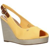 Παπούτσια Γυναίκα Σανδάλια / Πέδιλα Wrangler WL01521A Κίτρινος