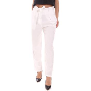 Υφασμάτινα Γυναίκα Παντελόνια Gaudi 111BD25034 λευκό