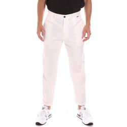 Υφασμάτινα Άνδρας Παντελόνια Chino/Carrot Calvin Klein Jeans K10K107094 λευκό
