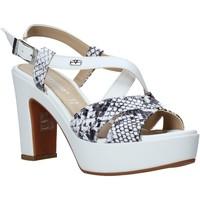 Παπούτσια Γυναίκα Σανδάλια / Πέδιλα Valleverde 32520 λευκό