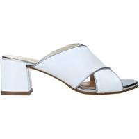Παπούτσια Γυναίκα Τσόκαρα Valleverde 38201 λευκό