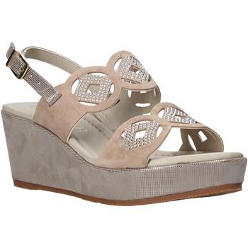 Παπούτσια Γυναίκα Σανδάλια / Πέδιλα Valleverde 32214 Μπεζ