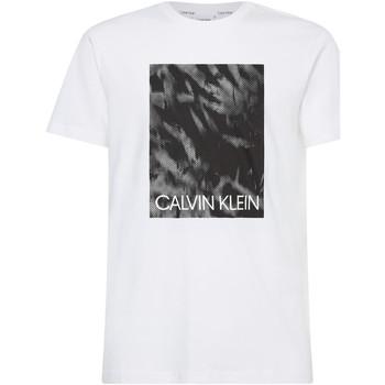 Υφασμάτινα Άνδρας T-shirt με κοντά μανίκια Calvin Klein Jeans K10K106714 λευκό