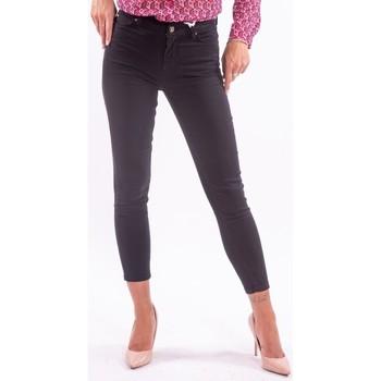 Υφασμάτινα Γυναίκα Κοντά παντελόνια Fracomina FP21WV8001D43401 Αχρωμος