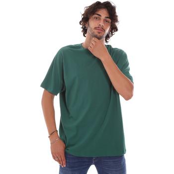 Υφασμάτινα Άνδρας T-shirt με κοντά μανίκια Invicta 4451244/U Πράσινος