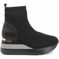 Παπούτσια Γυναίκα Μποτίνια Gold&gold B21 GB187 Μαύρος