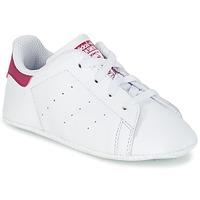Παπούτσια Κορίτσι Χαμηλά Sneakers adidas Originals STAN SMITH CRIB Άσπρο / Ροζ