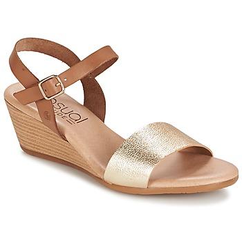 Παπούτσια Γυναίκα Σανδάλια / Πέδιλα Casual Attitude GOLETTE CAMEL / DORE