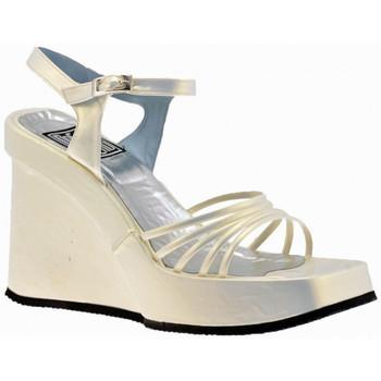 Παπούτσια Γυναίκα Σανδάλια / Πέδιλα No End  Beige