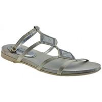 Παπούτσια Γυναίκα Σανδάλια / Πέδιλα Chedivé  Άσπρο